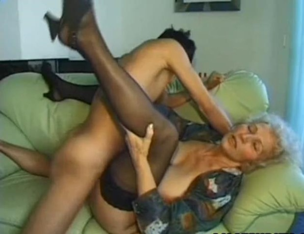 granny finds some nice boys that like to fuck mature women